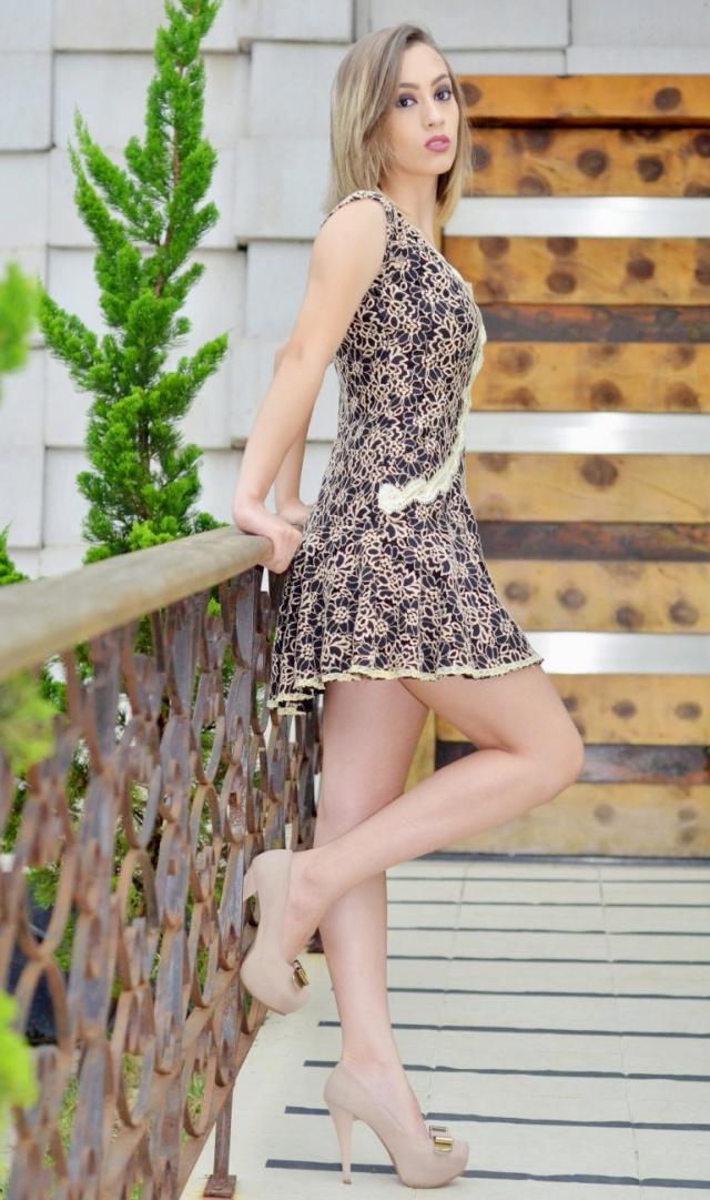 A beleza da estudante e modelo serrana Natiele Lemos Sá Foto Sandra Rosa