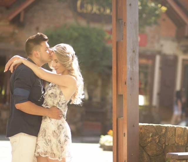 O amor de Luana e Gabriel que foram até Gramado para serem clicados pelas lentes de Hans Peter. Casamento a vista! Foto Hans Peter