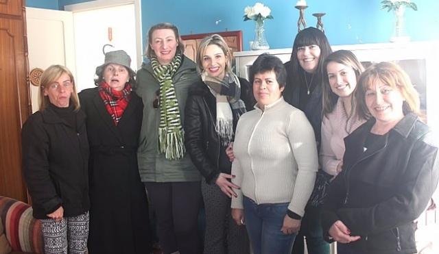 """Destaque para o grupo das meninas do projeto """"Sobrancelhas do Amor"""" Foto Cris Menegon"""