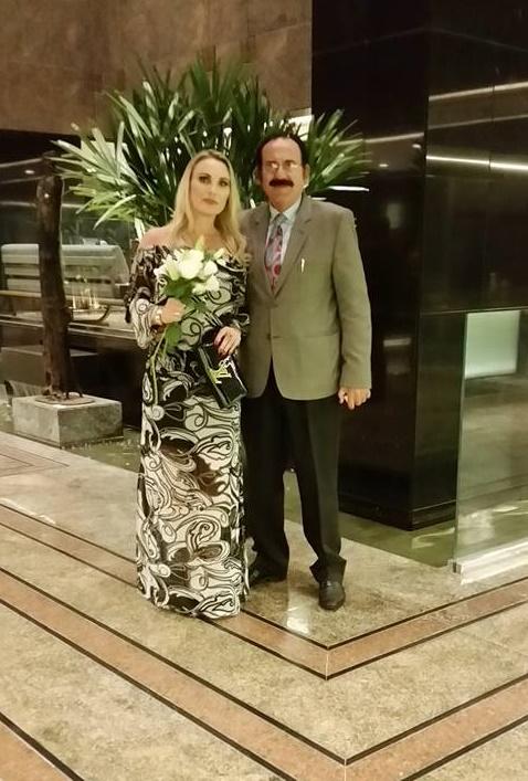 No Congresso de Cirurgia Plástica em Fortaleza a presença do médico Manoel Barcelos da Rosa e sua esposa, a psicóloga Adriana Stock Schneider