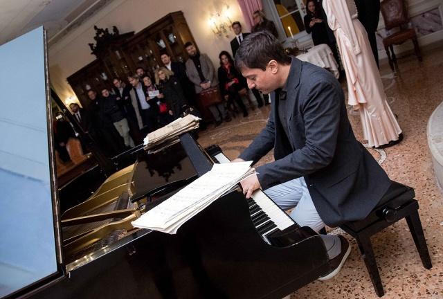 O músico lageano Luiz Zago foi o único brasileiro que participou de um sarau na Villa Mazzuchelli, um palácio do século 18, em Brescia, Itália no início da semana.