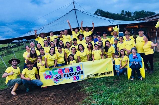 Familiares e amigos fizeram a maior folia no carnaval 2018 na Fazenda dos Tijolos, em Campo Belo do Sul