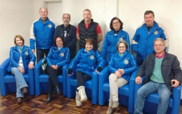 Rotary em ação! Neste mês o Rotary Club Lages Norte, juntamente com empresas parceiras, entregou 21 poltronas para acomodar os acompanhamentos de pacientes no Hospital Nossa Senhora dos Prazeres. Apalusos!!!
