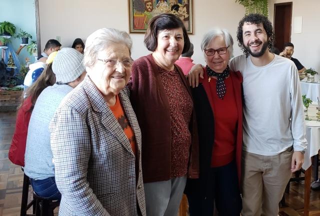 Com sua simpatia e carinho as Irmãs Clotilde, Clara e Romilda recepcionaram os alunos e músicos do Festival, sendo sua família nesta semana de muito estudo e espetáculos