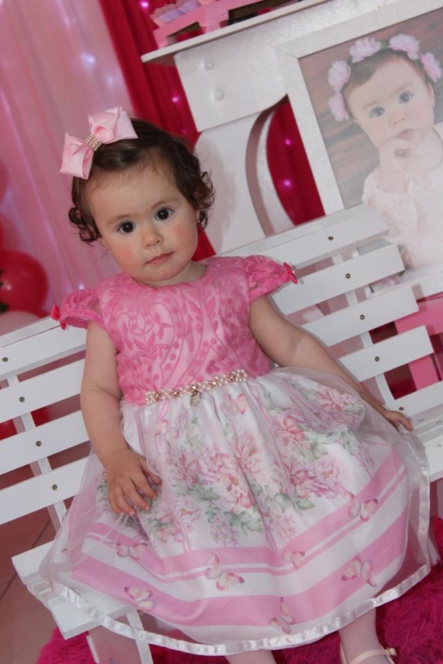 Princesa! Essa fofura é Sophia Rodrigues Ribeiro, que festejou seu primeiro aninho no dia 11 de novembro!
