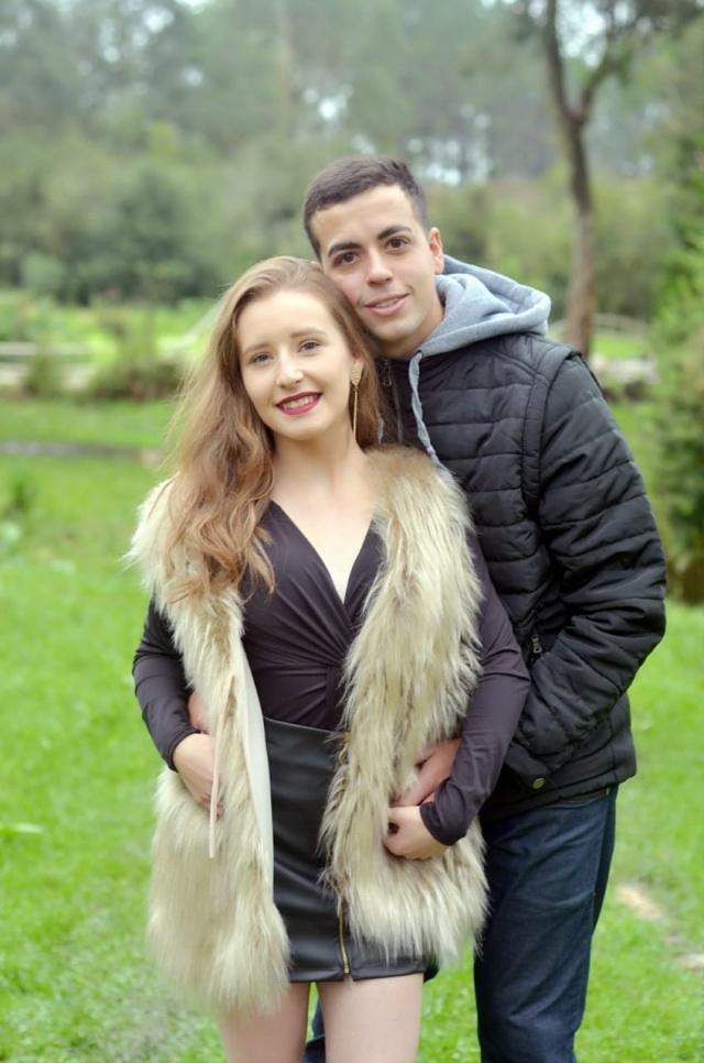 Lais de Oliveira Ramos e Samuel Vinicius  Cassu Feltrin completaram  um ano de namoro em maio!