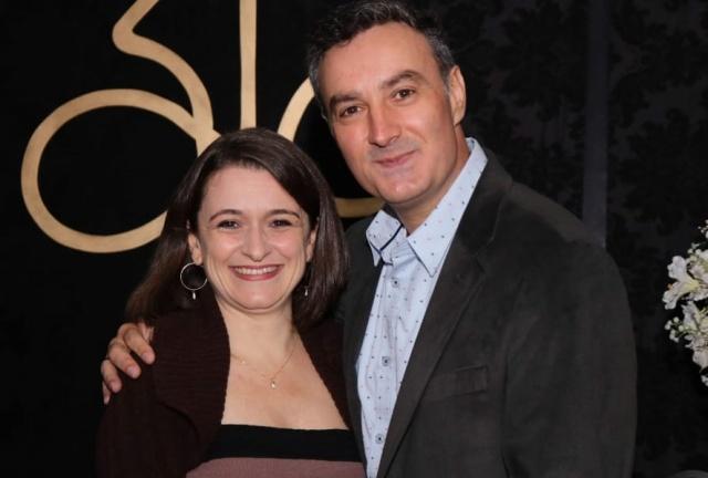Silvia e Paulo Tarcísio de Borba prestigiando elegante evento no Serrano Tênis Clube