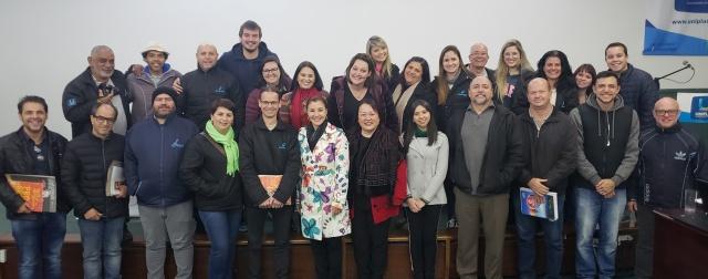 O curso de Jornalismo recebeu para uma palestra a diretora do Correio Lageano, Isabel Baggio. Na pauta os 80 anos do CL, o perfil do novo profissional multiplataformas e o futuro do Jornalismo