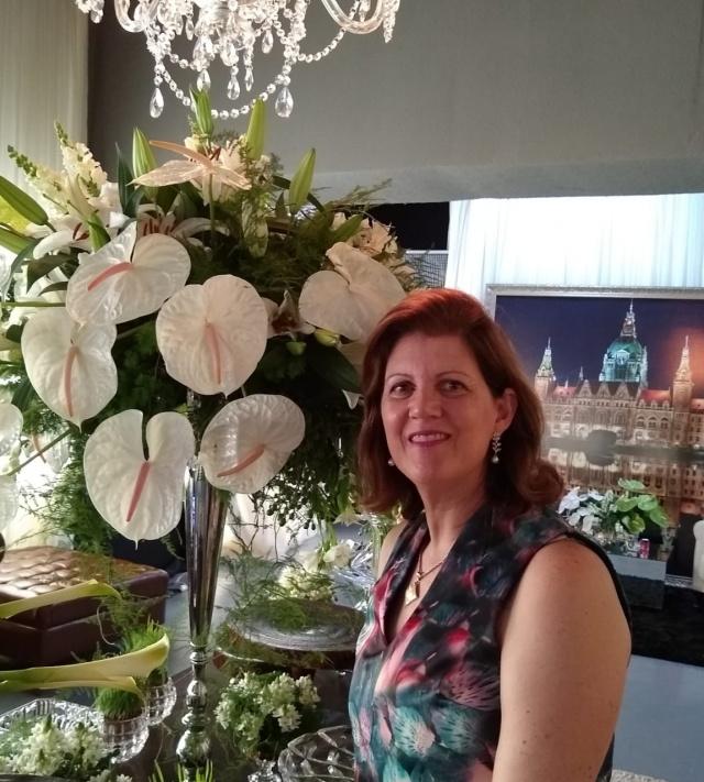 Os parabéns especiais de hoje vão para Angelica Sandini Furlan. Feliz aniversário!