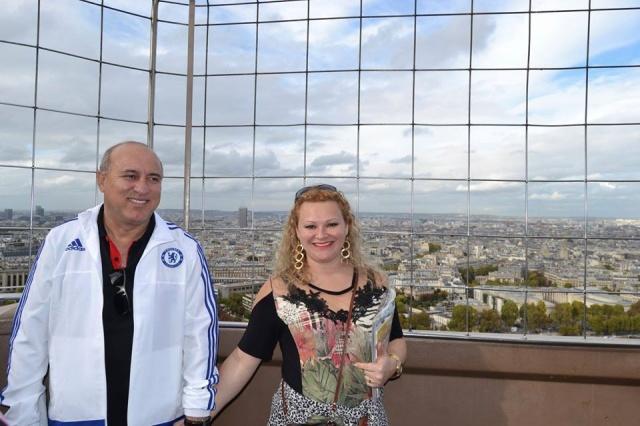 Ademar Fonseca faz aniversário na próxima quarta, 20 de maio. No click com a esposa Débora Martendal, durante maravilhosa viagem à Paris