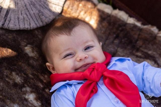 Aquele sorriso lindo e cheio de boas energias do pequeno Joaquim, em seu primeiro aninho de vida. Lindo!