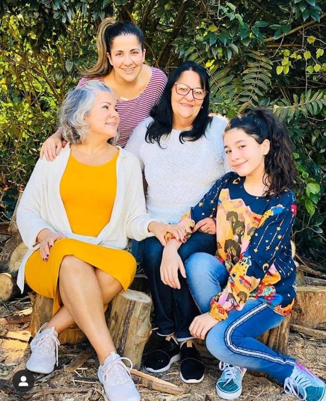 Sábado para soprar velinhas com a Daniela Paes Machado. A família Charme estará em festa!