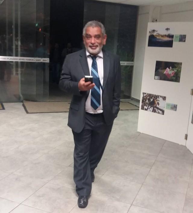 Domingo de feliz aniversário para o jornalista Luiz Augusto Del Moura. Parabéns!