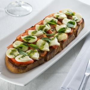 bruschetta-caprese-restaurante-per-paolo-1393266632773_300x300