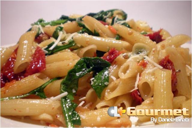 CL Gourmet Massa comTomate Seco e Rucula