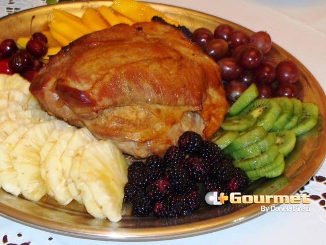 CL Gourmet 05012015 Pernil de porco com frutas