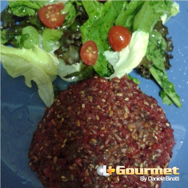 CL Gourmet 17022015 Hambúrguer de beterraba com chia, gergelim e linhaça