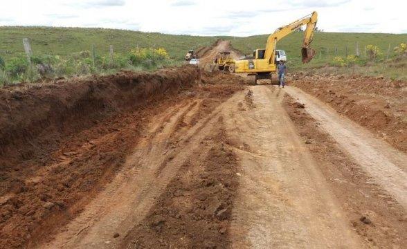Coxilha Rica: Manutenção das estradas é intensificada