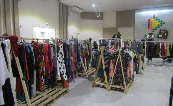Bazar Desapega é neste sábado, na Acil