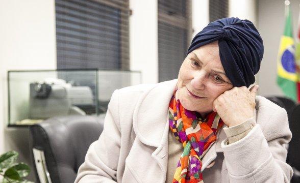 Morre a professora Derlei de Luca, símbolo catarinense de resistência à ditadura