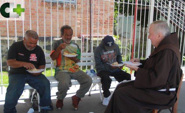 Convento Franciscano celebra Dia Mundial dos Pobres
